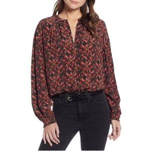 Something Navy || Floral Blouse